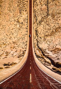 Drone photos transform these landscapes into dizzying roller coaster rides - The Turkish photographer Aydın Büyüktaş plays with our understanding of the third dimension in - Aerial Photography, Photography Tips, Landscape Photography, Travel Photography, Fotografia Drone, Photos Voyages, Birds Eye View, Natural Wonders, Landscape Photos