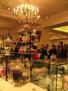 A historic destination in Piccadilly London, Fortnum & Mason is a gourmet food hall famous for its teas, homewares, and hampers often used by the royal family. Stilton Cheese, Beautiful London, Fortnum And Mason, Chocolate Shop, Masons, Tea Cakes, British Isles, Marshmallows, London