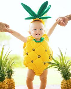 Pineapple baby costume!