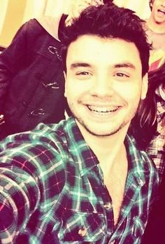"""Ame como sonreías, te ame el resto de mi vida"" ""Nunca dejes de sonreír"" Te amo Casanova  @Marama_Agustin"