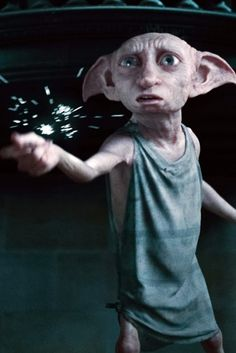 """""""Dobby has no master. Dobby is a free elf and Dobby has come to save Harry Potter and his friends."""" - Dobby I Love you Dobby❤️💋😇 Dobby Harry Potter, Fans D'harry Potter, Harry Potter Icons, Harry Potter Halloween, Harry Potter Aesthetic, Harry Potter Characters, Harry Potter World, Disney Star Wars, Dobby Elfo"""