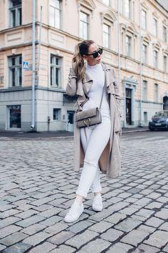 Alexa Dagmar // white outfit