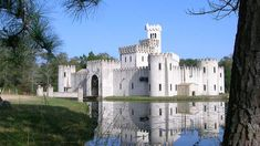 Newman's Castle in Bellville includes a moat, banquet hall, chapel, dungeon, and guest quarters Real Castles, Beautiful Castles, Bellville Texas, Castle Coloring Page, Real Life Princesses, Castle Wall, All Nature, Medieval Castle, Old World Charm