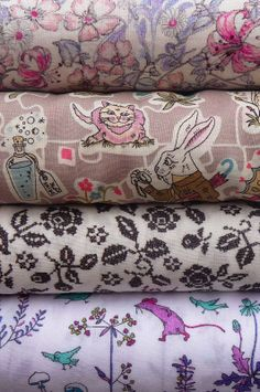 Liberty fabric at materialiseyourlife.com Liberty Fabric, Japanese Fabric, Art Studios, Textile Art, Fabrics, Things To Come, Textiles, Colours, Closet