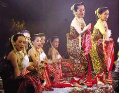 Tari Lumense Sulawesi Tengah