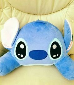 Lilo Y Stitch, Disney Stitch, Stitch Drawing, Disney Bedrooms, Old Room, Simple Life Hacks, Cute Jewelry, Christmas Presents, Plushies