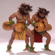 Na Lei Hulu I Ka Wekiu - Some of the dancers - San Francisco, CA, United States Polynesian Dance, Polynesian Men, Polynesian Islands, Polynesian Culture, Hawaiian Islands, Hawaiian Men, Hawaiian Dancers, Hawaii Hula, Aloha Hawaii
