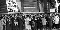 Jeudi 5 octobre 1944, le Gouvernement Provisoire de la République française ouvre le droit de vote aux femmes En savoir plus sur http://www.scoopnest.com/fr/user/HistoiredeFr/526801201753780224#meJMSOWHc4GGoq4o.99