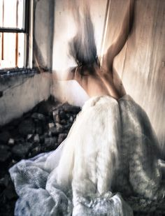 Capturing the Beauty of Blurred Bodies in Motion - My Modern Metropolis guilia pesarin Motion Blur Photography, Couple Photography, Fine Art Photography, Body Photography, Figure Photography, Artistic Photography, Portraits, Inspirational Artwork, Modern Metropolis