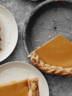 Pumpkin Pie with Walnut Crust Recipe - Country Living