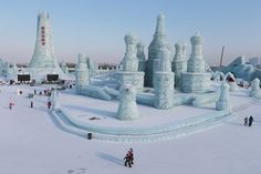 IN BEELD. Grootste ijssculpturenfestival ter wereld - De Standaard: http://www.standaard.be/cnt/dmf20160104_02047875?pid=5271021