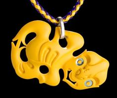 From resin. Kiwiana, Bone Carving, Mellow Yellow, Washer Necklace, Sculptures, Pendants, Diy Crafts, Candles, Christmas Ornaments