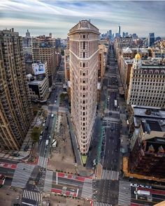"newyorkcityfeelings: ""The Flatiron Building 📷 Cristiano Rocha "" Mykonos, Santorini, Voyage New York, Flatiron Building, New York City Travel, Manhattan, Travel Photography, Aerial Photography, Travel Destinations"