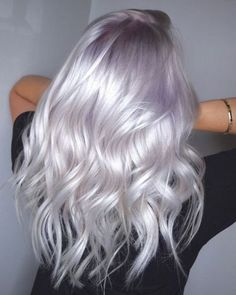 Michael Lowenstein on Pearled Platinum Ultra Soft Tones On This Blonde Beauty. By Melody amp; Color Using pravana Treated With olaplex . Platinum Blonde Hair Color, Beauté Blonde, Silver Blonde Hair, Blonde Beauty, Silver Lavender Hair, Silver Platinum Hair, Blonde Hair With Color, Pastel Lilac Hair, Pastel Hair Colors