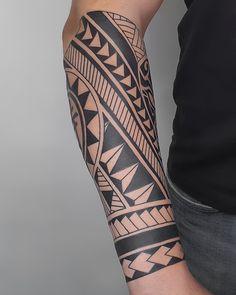 Polynesian Forearm Tattoo, Tribal Forearm Tattoos, Tribal Armband Tattoo, Polynesian Tattoo Designs, Tribal Tattoos For Men, Hip Tattoos Women, Wrist Tattoos For Guys, Maori Tattoo Designs, Tribal Sleeve Tattoos