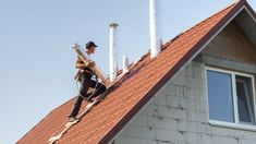 Edelstahlkamin: Montage und Wartung House Wash, Roof Cleaning, Pressure Washing, Window Cleaner, Golden Gate Bridge, Montage, Cn Tower, Clean House, Pittsburgh