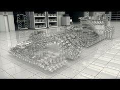 Johnnie Walker crea un coche de cristal para alertar sobre el peligro de beber y conducir