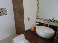 Banheiro Pequeno Quase Pronto - Casa e Reforma
