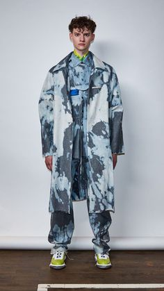 Fashion Prints, Fashion Art, Mens Fashion, Fashion Outfits, Vest Outfits, Apparel Design, Thesis, Passion For Fashion, Jeans