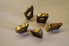 Raku and golden leaf rings. A collaborative work between ceramic artist Miguel Neto and jewelry designer Amélia Abeu.