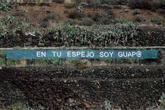 EN TU ESPEJO SOY GUAPO