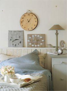 DIY: Clocks made from reclaimed materials