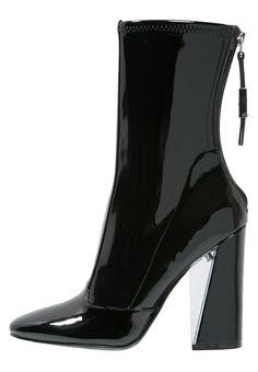 fd4f7c8ce3cbc Bottines   Boots Guess ELEXUS - Bottines à talons hauts - noir noir  200,
