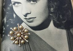Retro Vintage 1950s Starburst Faux Pearl Clear Rhinestone