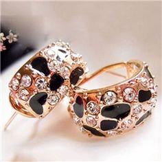 Cool Leopard Vintage Design Full Diamond Blinding Earrings