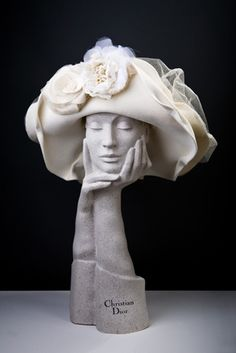 Love the Christian Dior Hat stands Hat Stands, Wearing A Hat, Love Hat, Derby Hats, Hat Pins, Hat Making, Headgear, Kentucky Derby, Beanies