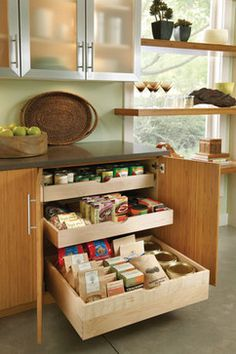 Base with Slide-Out Shelves Kitchen Cabinet Organization, Kitchen Cabinets, Kitchen Ideas, Kitchen Decor, Slide Out Shelves, Small Kitchen Storage, Minimalist Home, Small Apartments, Space Saving