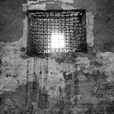 Le prigioni del Castello Estense, #Ferrara - Instagram by @gatta_mirta