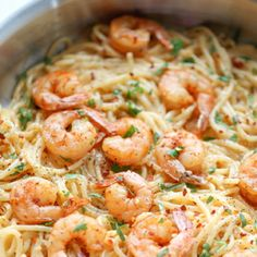 Bang Bang Shrimp Pasta The favorite bang bang shrimp is turned into the creamiest, easiest pasta dishes of all! - Looking for an easy & dinner this week? This Bang Bang Shrimp Pasta is full of your favorite kickin' flavors. Shrimp Recipes For Dinner, Shrimp Recipes Easy, Seafood Recipes, Easy Recipes, Bang Bang Shrimp Pasta Recipe, Thai Sweet Chili Sauce, Easy Pasta Dishes, How To Cook Pasta, Chefs