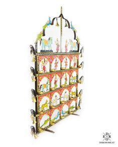 """Wundervoller indischer Teelichthalter """"Bangalore"""" für 20 Teelichter, von Hand gefertigt und bunt bemalt. Mit 2 Standfüßen zum Stellen oder für die Wandmontage geeignet. Ein Traumhafter und ausgefallener Hingucker! Home And Living, Bunt, Advent Calendar, Holiday Decor, Home Decor, Paint Metal, Wall Hanging Decor, Indian, Hang In There"""