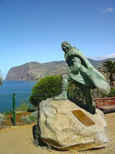 Monumento a Gonçalves Zarco, the discoverer of the Island of Madeira, Funchal City