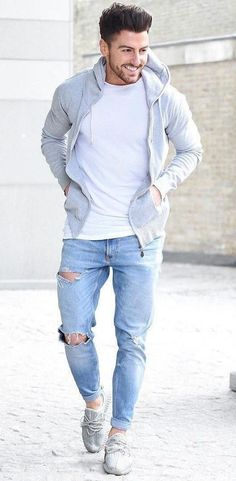 7 Best Ripped Jeans Looks Men Should Try Out In 2018 Ripped Jeans - hoodie Source by caligulalawrenc. Best Ripped Jeans, Ripped Jeans Outfit, Mode Masculine, Jeans Und Hoodie, Stylish Mens Fashion, Men Fashion, Fashion Styles, Mode Outfits, Men Wear