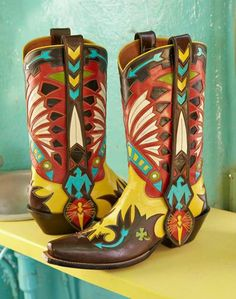 I love these stunning handcrafted cowboy boots by Rocketbuster!