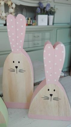 Vinyl Paper, Wood Vinyl, Wood Crafts, Diy And Crafts, Country Crafts, Craft Work, Spring Crafts, Easter Crafts, Wooden Signs