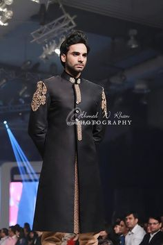 Asifa & Nabeel Bridal Wear Collection at BCW Pakistani couture - Hochzeit Pakistani Couture, Pakistani Bridal Wear, Pakistani Wedding Dresses, Pakistani Outfits, Ethnic Fashion, Asian Fashion, Male Fashion, Mens Traditional Wear, Asifa And Nabeel