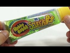 Hubba Bubba Sour Apple Squeeze & Lick Lollipop Candy