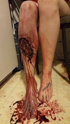 ☆Here's something I did tonight☆ Leg wound makeup