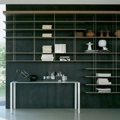 Graduate Shelving System by Molteni & C