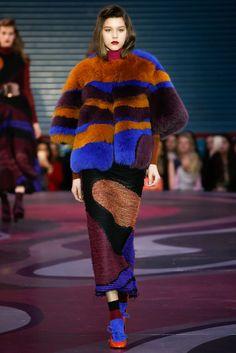 yukovadesign: Roksanda Fall 2015 RTW Designer - Roksanda Ilincic Inspiration - The Bitter Tears of Petra von Kant Materials - Fur, chiffon, wool, sheepskin, leather, metal, suede, knit