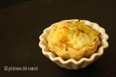 """FROLLE SALATE CON CAVOLO VERZA E PEPECORINO AL PEPE DI CAYENNA *translate button inside* per la ricetta clicca qui ---> http://ilnuovopiaceredeisensi.altervista.org/frolla-salata-con-cavolo-verza-e-pecorino/ Se ti piace questa ricetta, condividila ;-) ...if you like this recipe, please ✔ Like ✔ """"Share"""" ✔ Comment ✔ Repost ✔Friend/follow Thank You! <3 #pasqua2016 #pasqua #antipasto #fingerfood #ilpiaceredeisensi #buongiorno"""