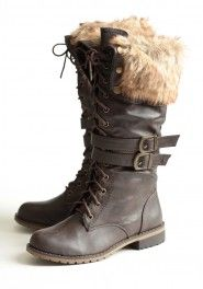 chilly terrain lace-up boots