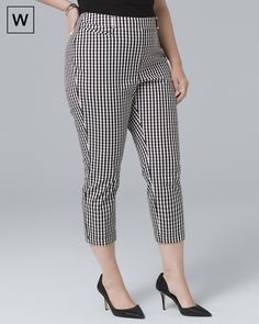White House Black Market Plus Gingham Slim Crop Pants Plus Size Womens Clothing, Plus Size Fashion, Warm Weather Outfits, Cotton Pants, Fall Wardrobe, Pants Outfit, Fashion 2020, Cropped Pants, Plus Size Dresses