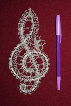 Vologodskoe's wall photos Hairpin Lace Crochet, Crochet Motif, Crochet Edgings, Crochet Shawl, Bobbin Lace Patterns, Bead Loom Patterns, Lace Earrings, Lace Jewelry, Doily Art