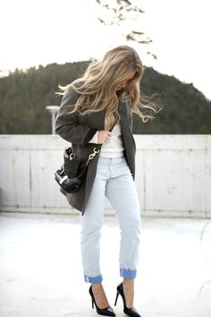 Isabel marant pour hm coat isabelmarant grey boyfriend jeans prada shoes mulberry tillie blogger fashion moniquelund monique lund
