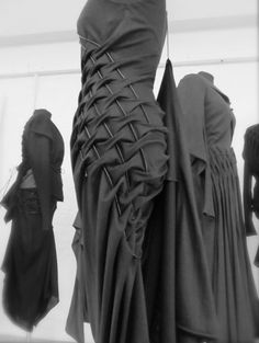 KEI KAGAMI f-w 13-14 smoking manipulation fabrics, i know those tecniques, very dramatic effect with black wool-ester