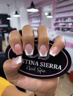 𝒞𝑅𝐼𝒮𝒯𝐼𝒩𝒜  𝒮𝐼𝐸𝑅𝑅𝒜 𝒩𝒜𝐼𝐿 𝒮𝒫𝒜♛  Sedes disponibles 💗LAURELES📲3005269612 ☎️ 2501027 💗MEGACENTRO📲 3227639001 ☎️ 4799956 💗BELÉN 3136193142 #nails #nailart #acrilicnails #nailsofinstagram #nailart #babyboomernails #nailsofinstagram Nails 2017, Nail Spa, Short Nails, Beauty Nails, Hair And Nails, Nail Art Designs, Finger, Nail Polish, Stiletto Nails
